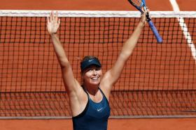 Maria Sharapova could meet Serena Williams in the last 16 of the French Open.