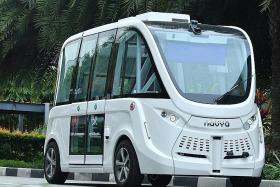 Driverless shuttles on Sentosa from next year