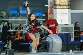 Jazreel Tan bowling her way to the Singapore Open women's title on Saturday.