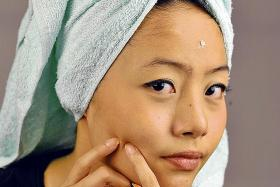 Follow these lifestyle and skincare tips to be pimple-free for good