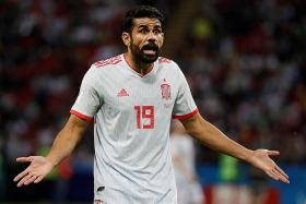 Costa denies provoking 'keeper