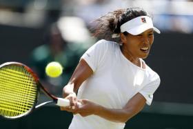 Hsieh Su-wei will face Dominika Cibulkova in the last 16 of Wimbledon.