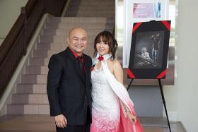Couple holds wedding tea ceremony at Cosfest