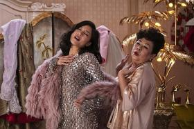 Koh Chieng Mun on speaking full-on Singlish in Crazy Rich Asians
