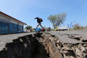 Latest Lombok quakes claim at least 10 lives