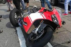 SIA pilot dies in motorcycle accident