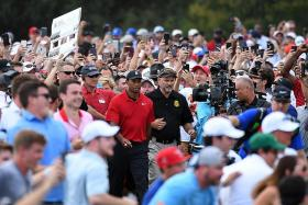 1,876 DAYS LATER, TIGER WOODS WINS AGAIN