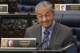 Mahathir: Stopping China-backed projects didn't cause drop in tourists