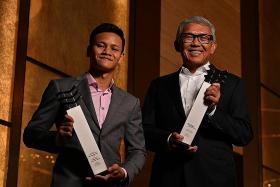 Bank of S'pore chief & boxer receive Berita Harian achiever awards