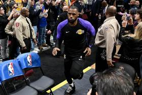 'King' James gets royal treatment  in Cleveland