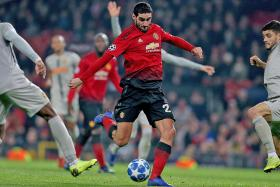 Neil Humphreys: Wake up and smell the rubbish, Man United