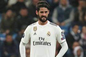Real back Isco against boo boys