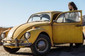 Hailee Steinfeld stars in Bumblebee.