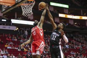 Houston's James Harden has six three-pointers en route to 35 points.