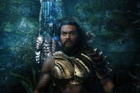 Aquaman swims to top of North American box office