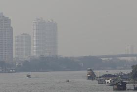 Experts worry for public health due to deadly smog in Bangkok