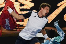 Djokovic well on track for record seventh Australian Open title