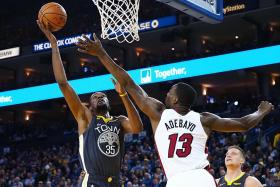 Golden State Warriors take the Miami Heat