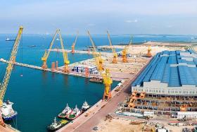 Sembcorp Marine's Q4 net profit dives 94.9%