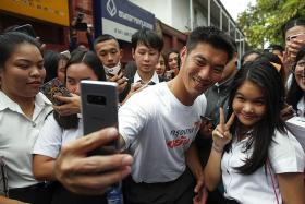 Thai cops want to prosecute leader of anti-junta party
