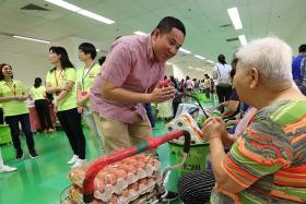 Pilot project launched to help the needy eat healthier food