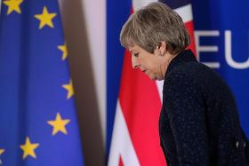 UK PM May's ministers moving to oust her: Report