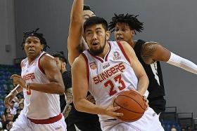 Delvin Goh steps up as Slingers gain edge over Black Bears
