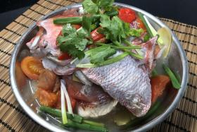 Hed Chef: Steamed emperor red snapper head