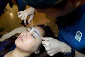 Best ways to defuzz your face