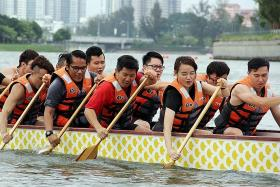 Try out dragon boating with Flex Pulse