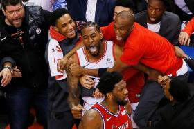 Kawhi Leonard's wins it at the death for the Toronto Raptors