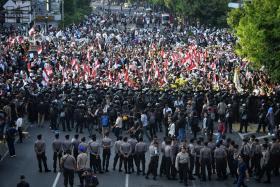 Joko declared leader, opponent protests result