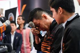 Lee Chong Wei turning emotional during a press conference to announce his retirement on June 13.
