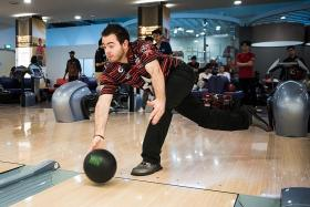 Singapore Bowling Federation launches plan for two-handed bowling
