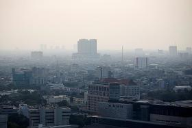 Jakarta residents sue govt over severe air pollution