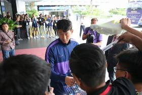 Tottenham's stars Son Heung Min and Harry Kane leave fans in a frenzy