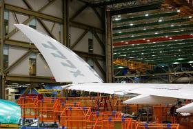 Boeing delays ultra-long-range 777X widebody jet