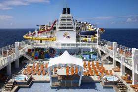 Explore Surabaya, North Bali in style on Genting Dream