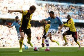 Bernardo Silva scoring Manchester City's sixth goal.