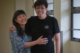 Youth survives H1N1 horror with help from  Ecmo system