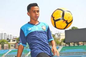Farhan Zulkifli's desire to improve is second to none, says Hougang United U-18 coach Han Yiguang.