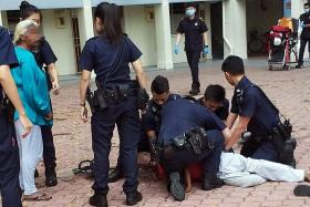 Drunk man arrested for brandishing knife at coffee shop in Toa Payoh