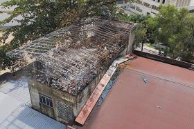 Fire destroys Tai Seng warehouse rooftop