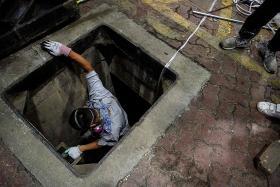 Desperate HK protesters explore sewers in campus escape bid