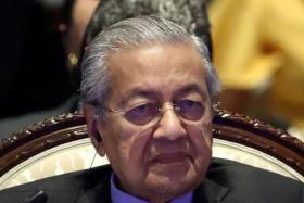 Mahathir considers Cabinet reshuffle