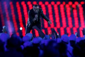 Singer George Michael performs during the closing ceremony of the London 2012 Olympic Games at the Olympic Stadium August 12, 2012.