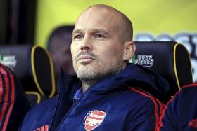 Freddie Ljungberg believes Arsenal can still finish in the top 4