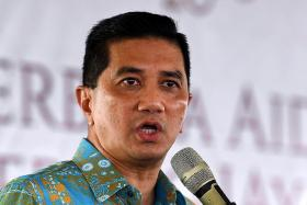 Azmin ready to reconcile with Anwar, pledges loyalty to PKR