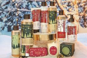 The First Snowflakes and At The Heart Of Pine Trees series from Yves Rocher's 2019 Christmas Collection