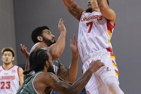 Singapore Slingers rally late to get their first win